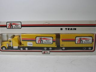 HOME HARDWARE B TRAIN TRUCK AND TRAIlERS 18