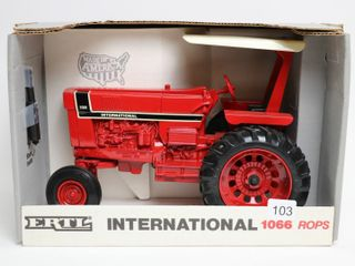 INTERNATIONAl 1066 ROP TRACTOR SPECIAl EDITION 199