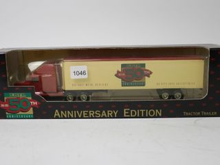 ERTl 50TH ANNIVERSARY TRACTOR TRAIlER 1 64