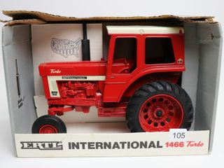 INTERNATIONAl 1466 TURBO TRACTOR 1990 SPECIAl