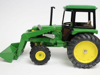 JOHN DEERE 2755 MFWD TRACTOR WITH lOADER ERTl