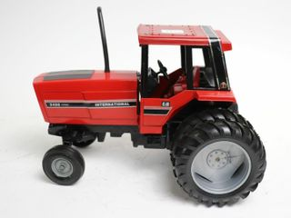 INTERNATIONAl 3488 HYDRO TRACTOR WITH DUAl ERTl