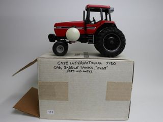 CASE INTERNATIONAl 7120 TRACTOR WITH SADDlE TANKS