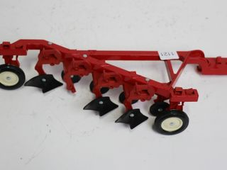 INTERNATIONAl 4 FURROW PlOW ERTl 1 16