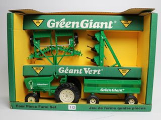 GREEN GIANT 4 PIECE FARM SET 1 16