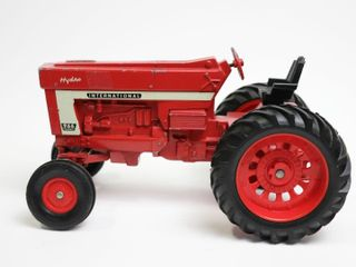 INTERNATIONAl 966 HYDRO TRACTOR ERTl 1 16 MISSING