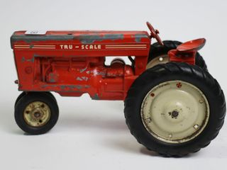 TRU SCAlE TRACTOR 1 16 MISSING MUFFlER
