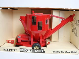 INTERNATIONAl GRINDER  MIXER ERTl 1 16