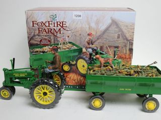 FOXFIRE FARM JOHN DEERE B TRACTOR AND WAGON