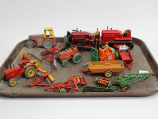 GROUP OF DINKY TOYS