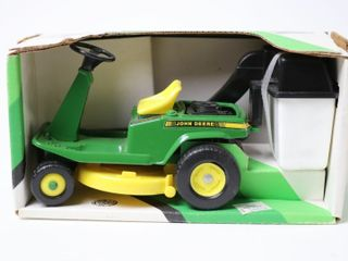 JOHN DEERE REAR ENGINE RIDING MOWER ERTl 1 16