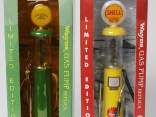 JOHN DEERE AND SHEll MINIATURE WAYNE GAS PUMPS