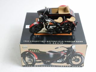 HARlEY DAVIDSON 1933 MOTORCYClE AND SIDE CAR BANK