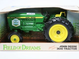 JOHN DEERE 2640 FIElD OF DREAMS TRACTOR ERTl 1 16