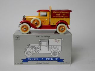 MASSEY HARRIS MODEl A PICKUP TRUCK BANK 1 25