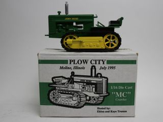 JOHN DEERE MC CRAWlER 1995 PlOW CITY TOY SHOW