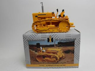 INTERNATIONAl TD 340 CRAWlER ERTl 1 16
