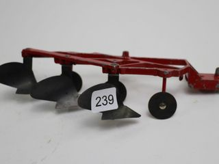 INTERNATIONAl 3 FURROW PlOW ERTl 1 16