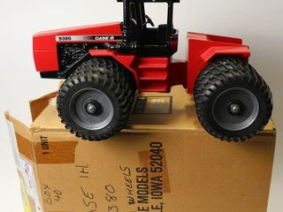 CASE INTERNATIONAl 9380 4 WHEEl DRIVE TRACTOR WITH