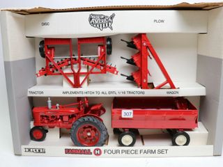 FARMAll 4 PIECE FARM SET ERTl 1 16