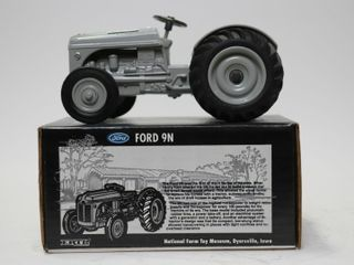 FORD 9 N TRACTOR NATIONAl FARM TOY MUSEUM 1995