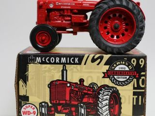 MCCORMICK SUPER WD 9 TRACTOR NATIONAl FARM TOY MUS