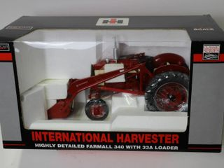 INTERNATIONAl HARVESTOR 340 WITH 33A lOADER HIGHlY
