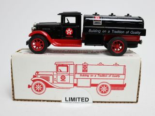 TEXACO 1929 INTERNATIONAl lUBRICATION TRUCK BANK