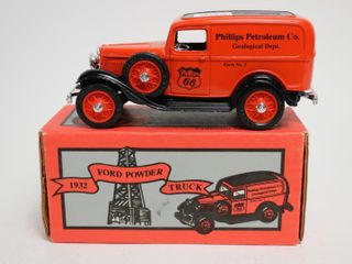 PHIllIPS 66 1932 FORD POWDER TRUCK BANK ERTl 7