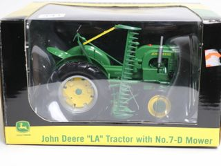 JOHN DEERE lA TRACTOR WITH NO 7 D MOWER SPECAST
