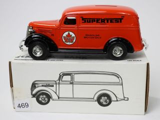 SUPERTEST 1938 CHEVY PANEl TRUCK BANK 1 25 ERTl