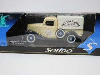 THE TOY SHOPPE PRESTIGE METAl TRUCK 9  SOlIDO