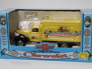 HOME HARDWARE 1942 CHEVROlET TRUCK 1 25