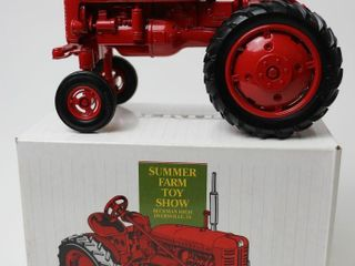 FARMAll 100 HIGH ClEAR TRACTOR ERTl 1 16