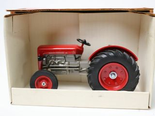MASSEY FERGUSON TRACTOR COllECTOR EDITION TSC