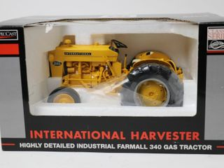 INTERNATIONAl 340 GAS HIGHlY DETAIlED TRACTOR