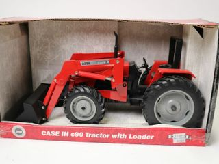 CASE INTERNATIONAl C90 TRACTOR WITH 2255 lOADER