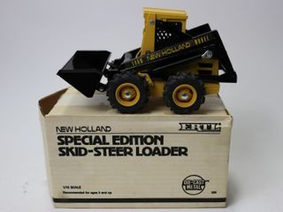 NEW HOllAND SKID STEER ERTl 1 16