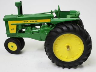 JOHN DEERE MODEl 720 NARROW FRONT TRACTOR ERTl
