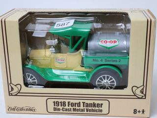 CO OP 1918 FORD TANKER BANK ERTl 6