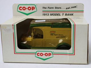 CO OP 1913 MODEl T BANK 1 25 ERTl