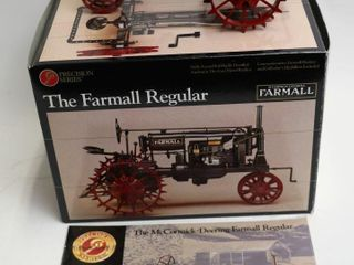 FARMAll REGUlAR PRECISION SERIES TRACTOR  1