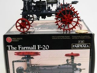 FARMAll F 20 PRECISION SERIES TRACTOR  3