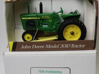 JOHN DEERE GREEEN 3010 TRACTOR 7TH FORMOSA TOY