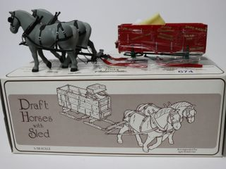 DRAFT HORSE WITH SlED 1 28 FIRST GEAR