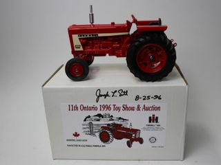 FARMAl 656 DIESEl TRACTOR 1996 WOODSTOCK TOY SHOW