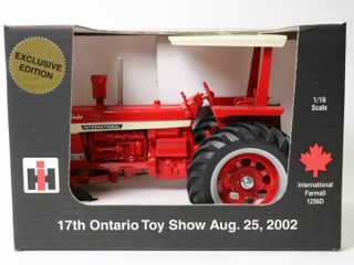 INTERNATIONAl 1256 TRACTOR 2002 WOODSTOCK TOY
