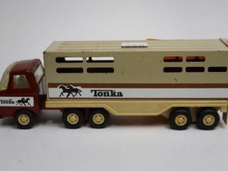 TIN TONKA TRUCK WITH HORSE TRAIlER 10