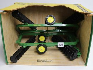 JOHN DEERE 220 POWER FlEX DISK ERTl 1 16