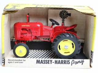 MASSEY HARRIS PONY TRACTOR SCAlE MODElS 1 16